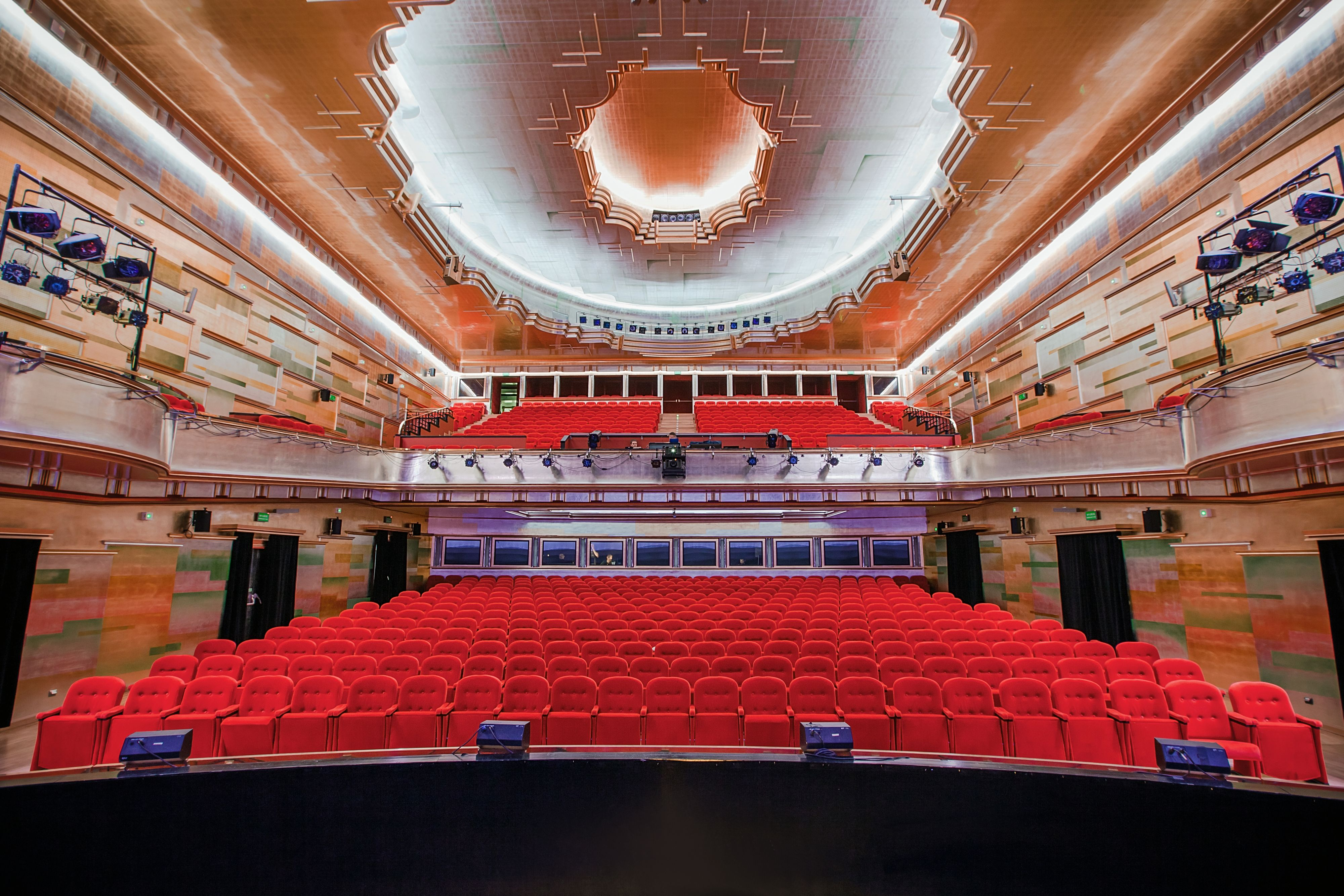 Teatr Muzyczny Capitol We Wrocławiu Mostrowskim Ostrowski Sp J